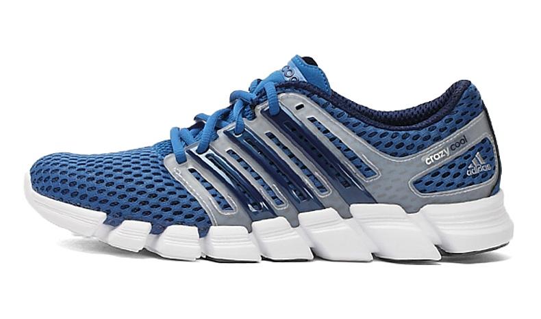 ADIDAS阿迪达斯新款男子运动透气跑步鞋G97666Q21521