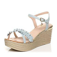 BASTO/百思图夏季专柜同款兰色羊皮甜美花边坡跟女凉鞋TUI14BL7