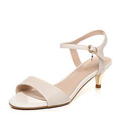 BASTO/百思图夏季专柜同款米/米白色羊皮一字优雅猫跟女凉鞋TNC03BL7