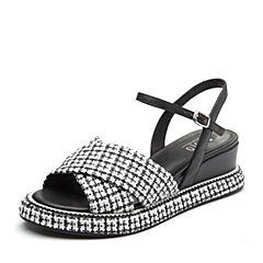 BASTO/百思图2018夏季专柜同款黑白色毛线布/羊皮革格纹坡跟女凉鞋TCN09BL8