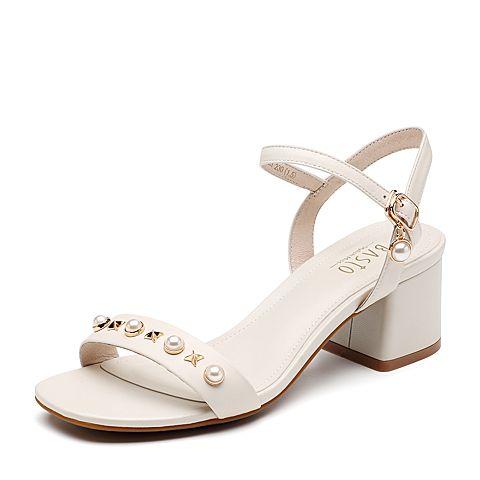 BASTO/百思图2018夏季专柜同款米白色珍珠一字带粗跟女凉鞋CB803BL8