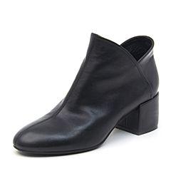 BASTO/百思图2018冬季专柜同款黑色牛皮革简约纯色粗跟女皮靴短靴A1101DD8