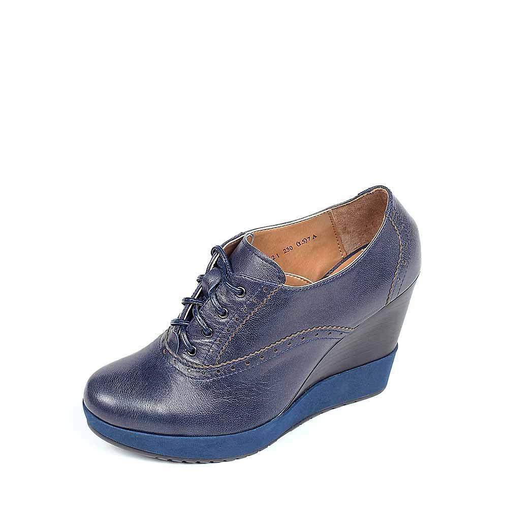 bata/拔佳及踝靴秋季兰色羊皮渐变色厚底坡跟女鞋awz21d 常青款