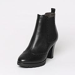 Belle/百丽冬季专柜同款黑油皮牛皮女短靴BHX44DD6