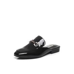 Belle/百丽春黑色时尚穆勒鞋漆皮牛皮女凉鞋BNUA3AH7(领红包更优惠)