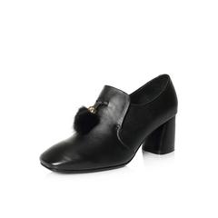Belle/百丽2018春新品专柜同款黑色复古英伦风牛皮毛毛球女皮鞋S1S1DAM8