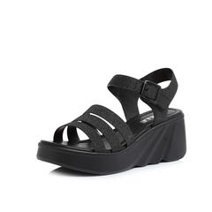 Belle/百丽2018夏新专柜同款黑色亮片人造革女凉鞋BQL32BL8