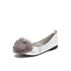 Belle/百丽2018秋专柜新款银色毛球装饰牛皮革女单鞋S8D1DCQ8