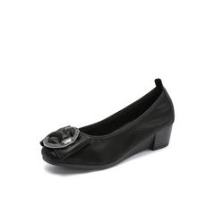 Belle/百丽2018秋专柜新款黑色金属装饰羊绒贴膜瓢鞋女单鞋BUH03CQ8
