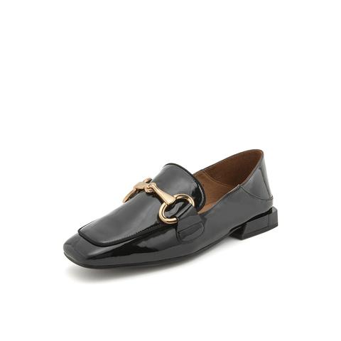 Belle/百麗馬銜扣樂福鞋2019春新商場同款款皺漆牛皮革復古方頭女單鞋BK32DAM9