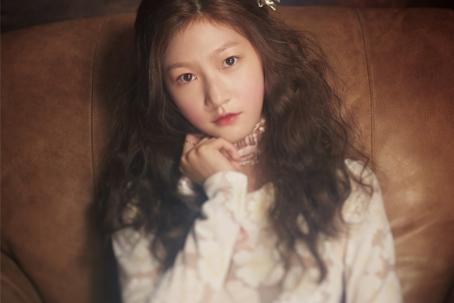 可爱韩国小姑娘