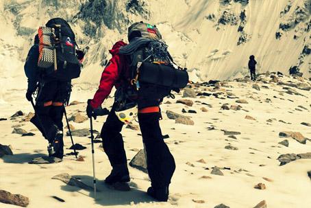 登山装备_因地制宜 经济型登山装备推荐