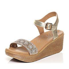 Tata/他她2017年夏季专柜同款金色时尚优雅水钻坡跟女皮凉鞋2NTB5BL7