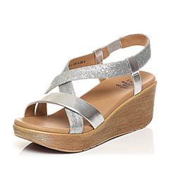 Tata/他她夏专柜同款银色牛皮拼接布休闲坡跟女凉鞋2NTC1BL7