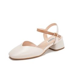 Teenmix/天美意2019?#30007;?#27454;商场同款米白色绵羊皮革方头后空女皮凉鞋CAD39BH9